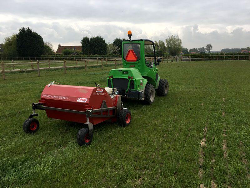 Grasveegmachine